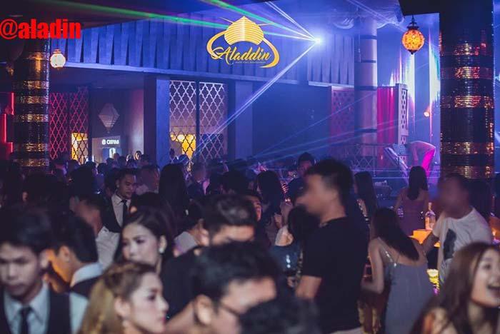 aladin-in-bar