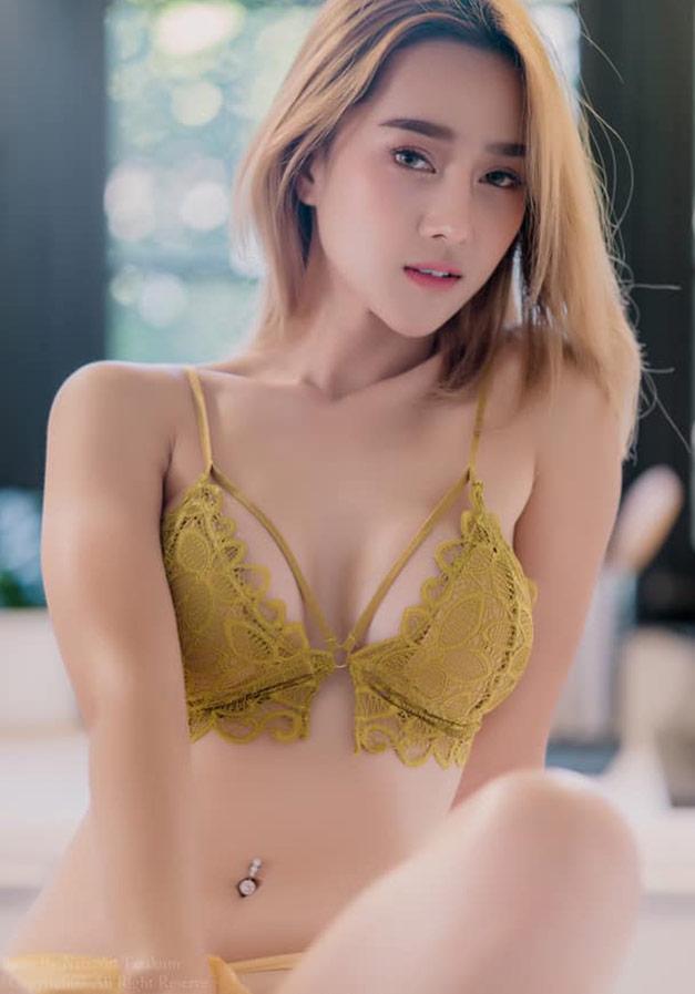 YingGy-Ponjuree-yellow