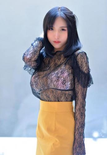 aom-yumi-black