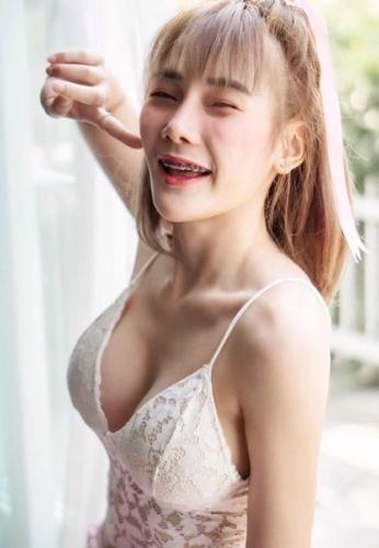 Danita-Yordmuang-Boobs