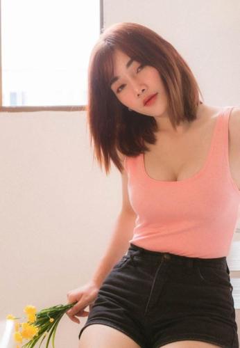 Danita-Yordmuang-smile-game