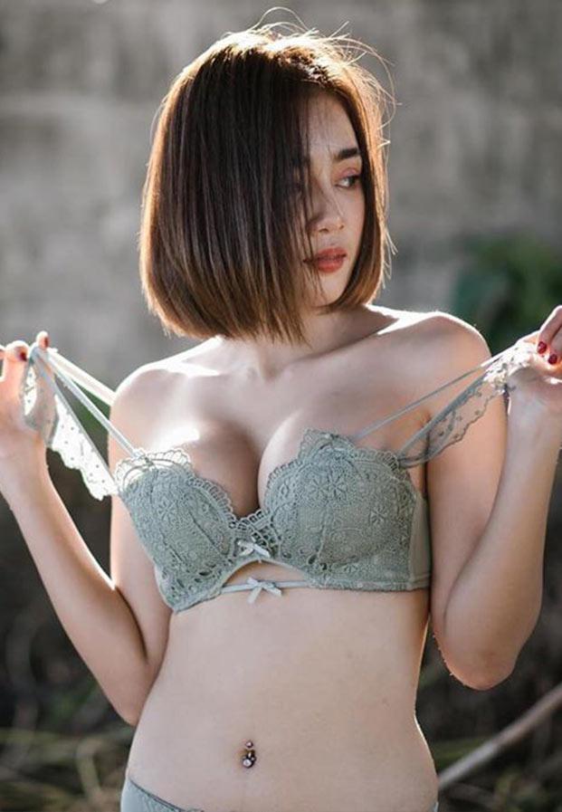 Gatai-Tai-Show-idol